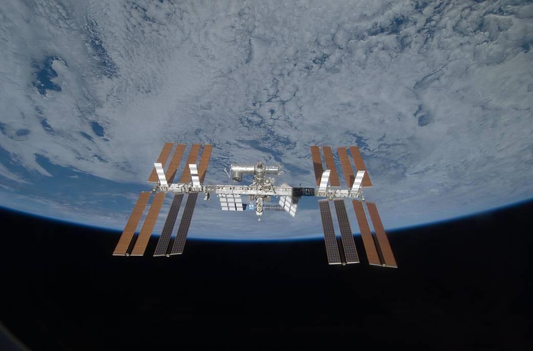 ISS 322546main s119e008357 full
