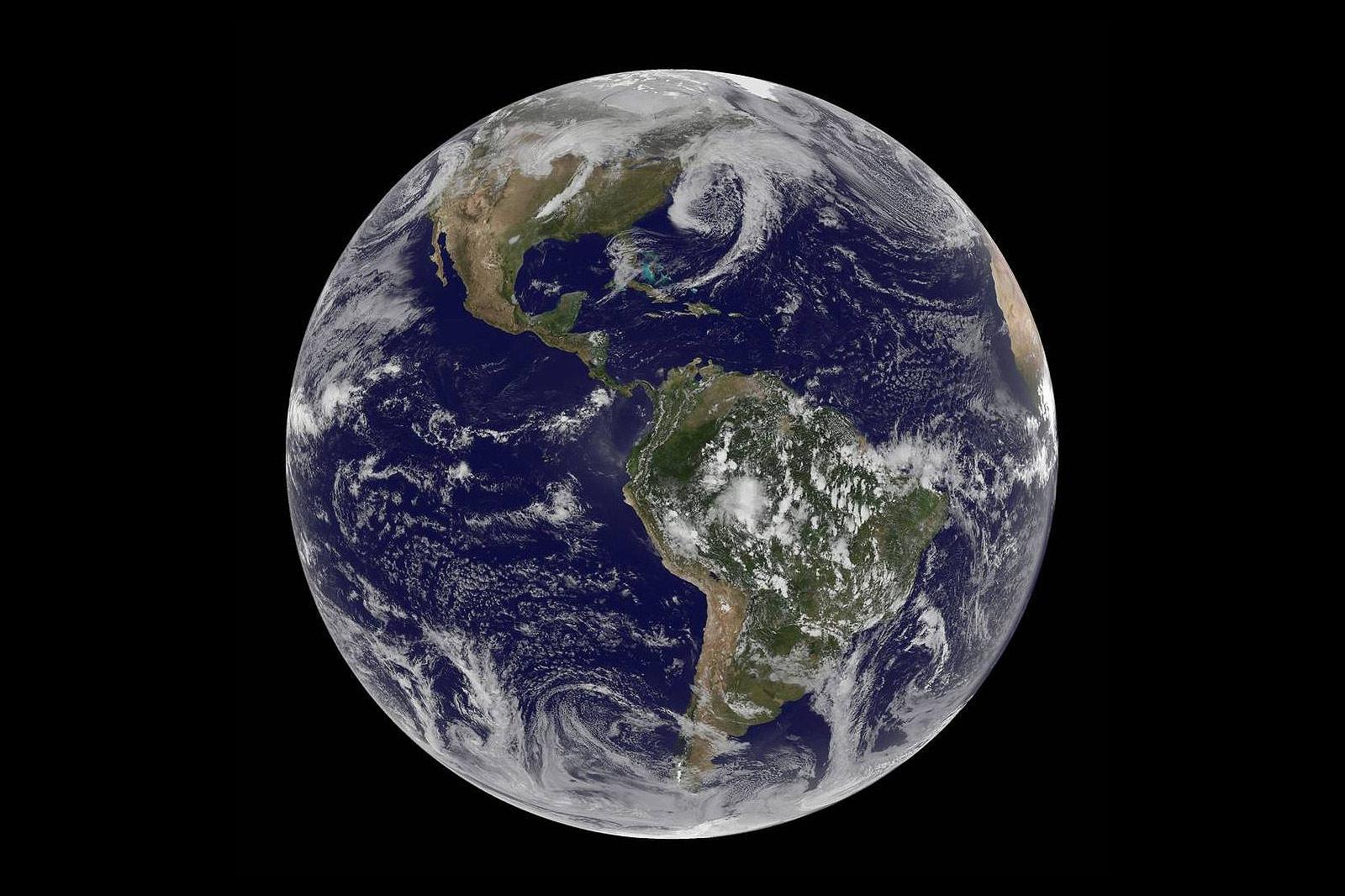 blue earth whole