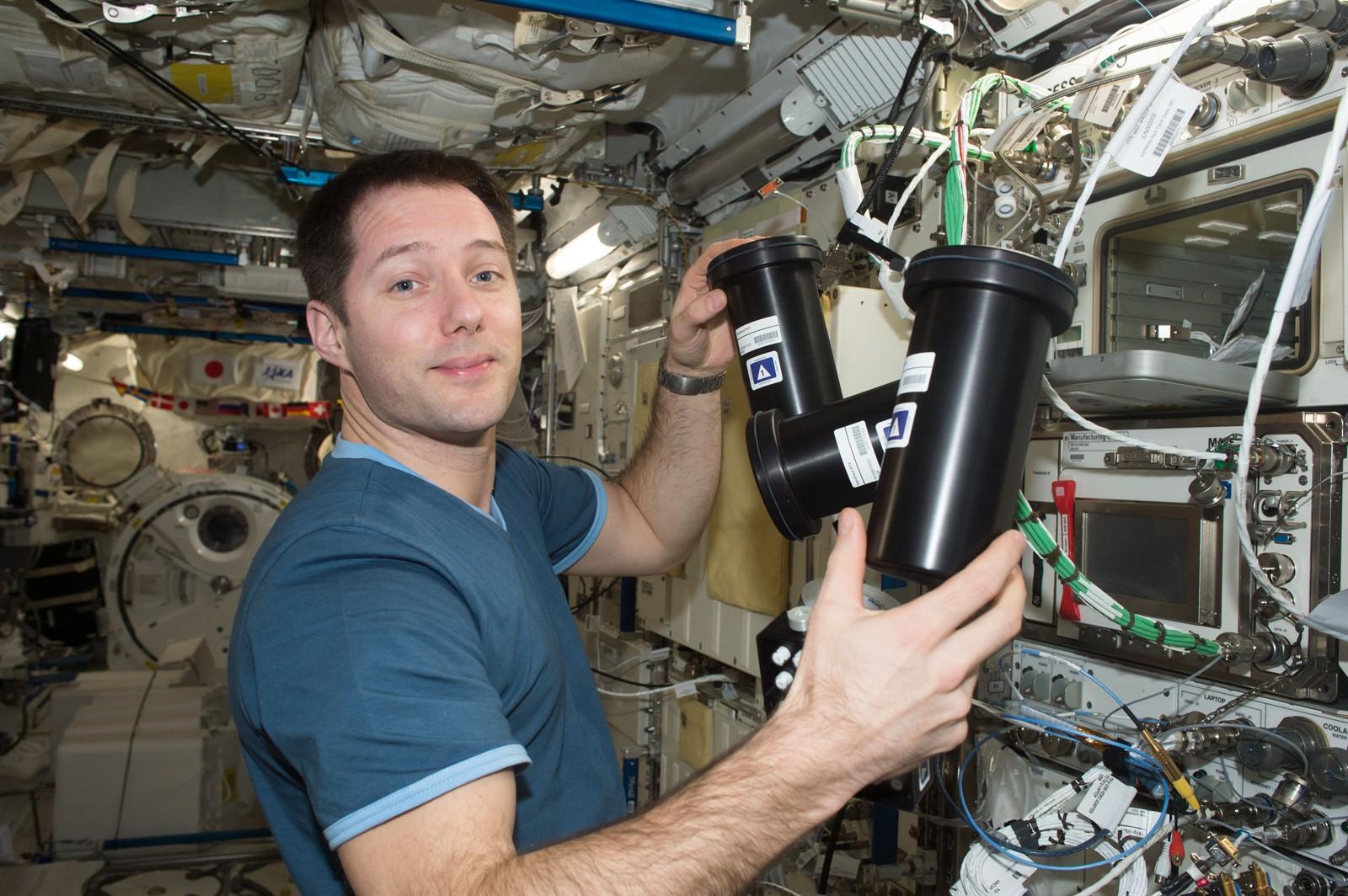 iss050e058812 credit NASA 1600