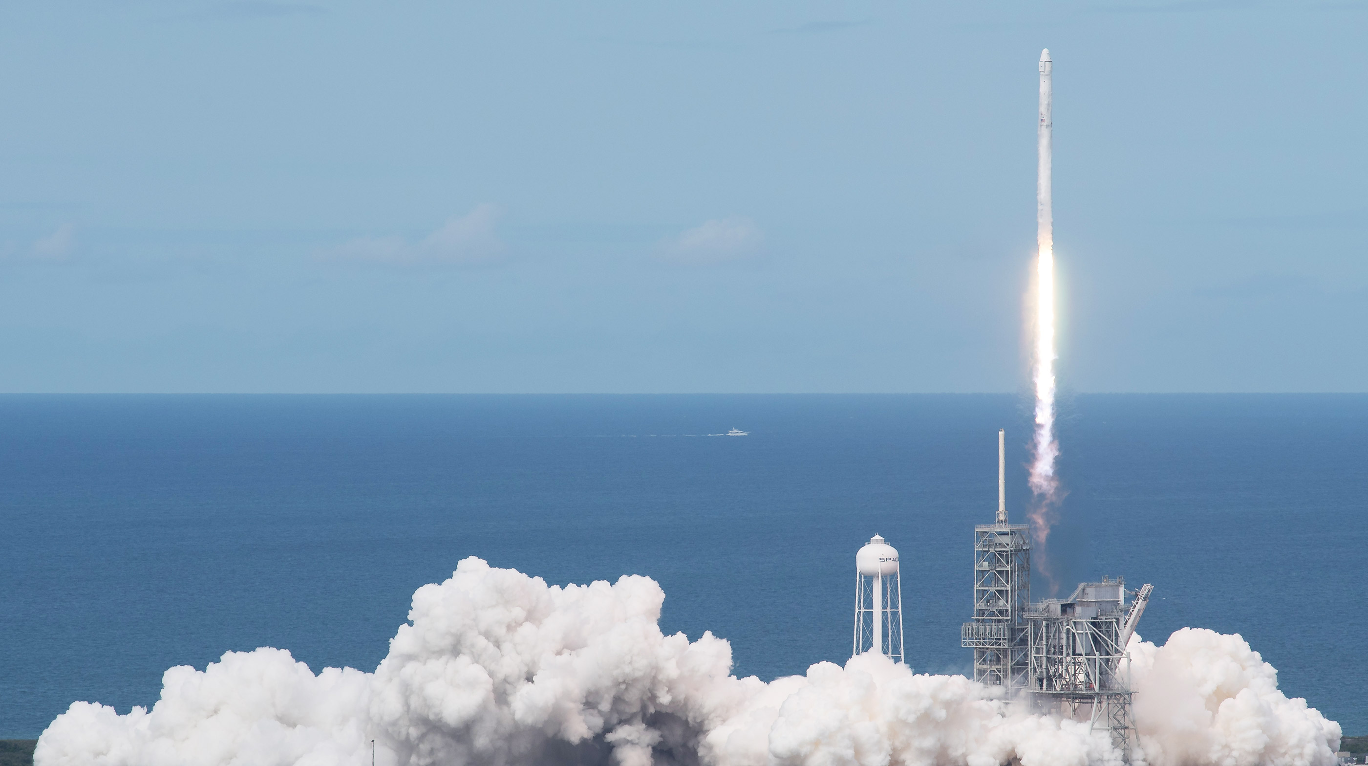 SpaceX CRS-11 launches from Launch Pad 39A at Kennedy Space Center